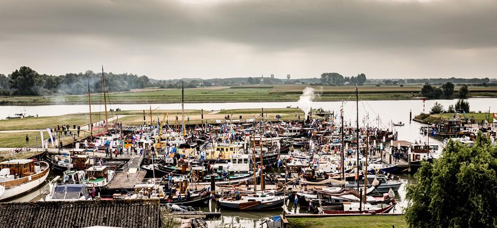 90 schepen in de Wijkse Stadshaven